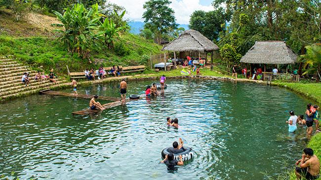 Lugares turísticos de Vitoc - Laguna Palmapata